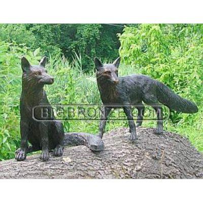 Umelecké Sochy Dve bronzové líšky