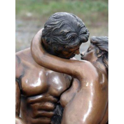Umelecké Sochy Malá socha bozkávanie