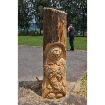 Umelecké Sochy Drevená babka korenárka