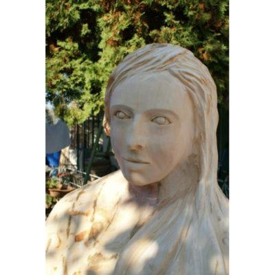 Umelecké Sochy Biela pani - drevená socha