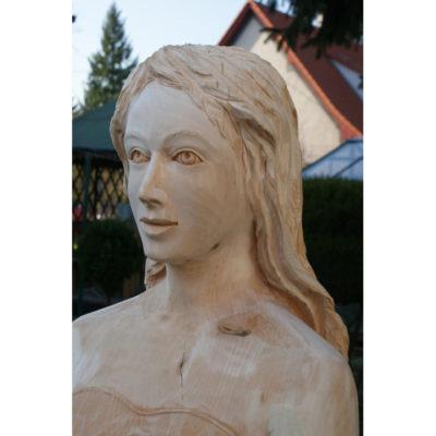 zaBiela pani - socha z dreva