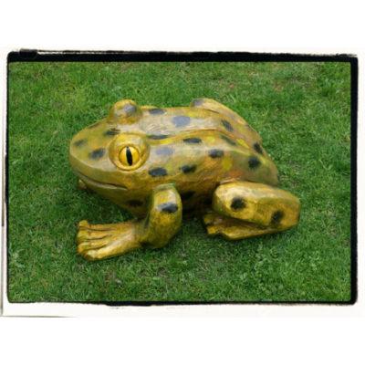 Umelecké Sochy Drevená žabka