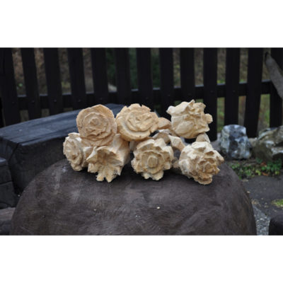 Drevené ruže - socha z dreva