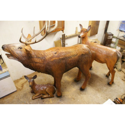 Umelecké Sochy Drevená jelenia rodina