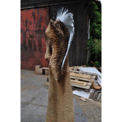Umelecké Sochy Kôň v abstraktnom prevedení - záhradná drevená skulptura