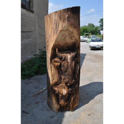 Krava s teliatkom - socha z dreva