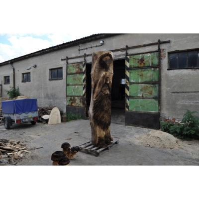 Lúpežník Sarka Farka - socha z dreva