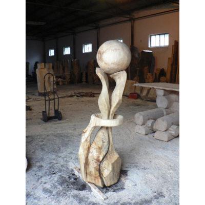 smerom k hviezdam - socha z dreva