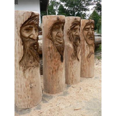 Umelecké Sochy štyri drevené tváre