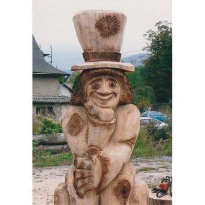 Umelecké Sochy Drevený vodník s vysokým klobúkom