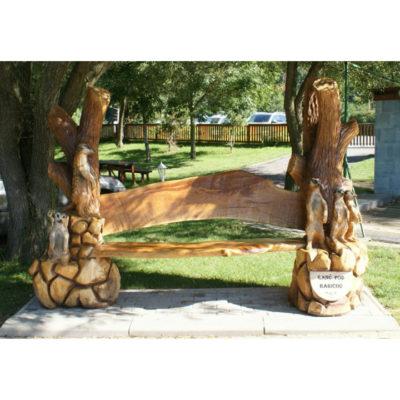 Umelecké Sochy Surikaty - záhradná drevená lavička