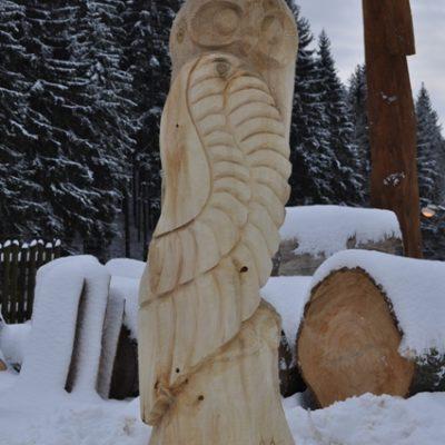Umelecké Sochy Vyrezávaná drevená sova